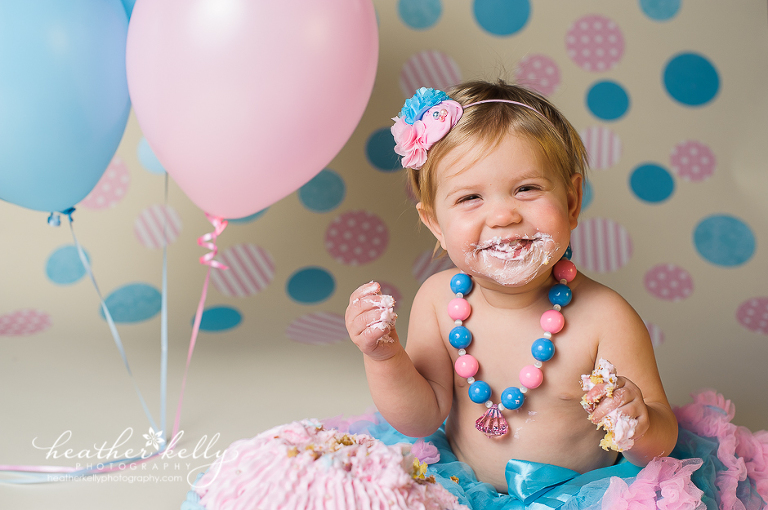 cotton candy cake smash photographer in CT