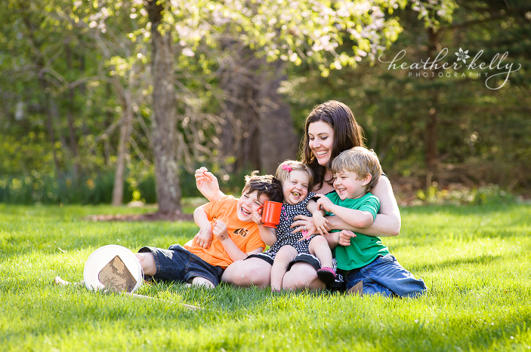 connecticut family photographer laughing family photo