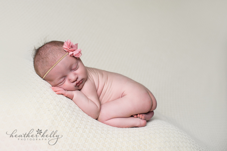 thomaston ct newborn photographer