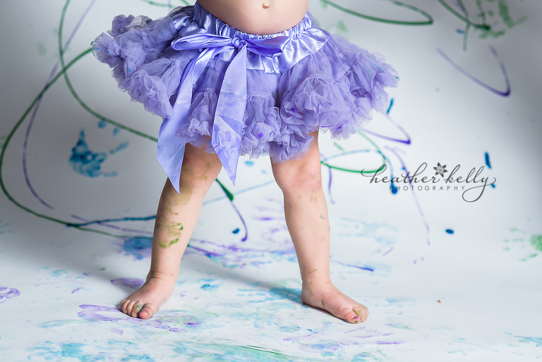 newtown ct child photography finger painting photo session