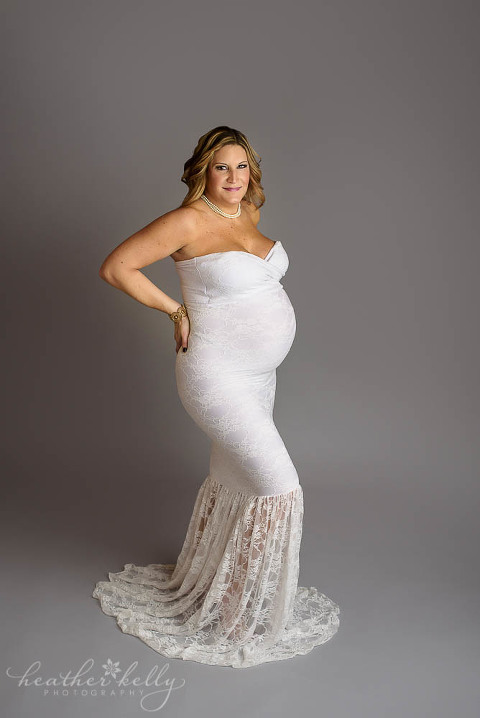 pregnancy photos in gorgeous white gown fairfield county