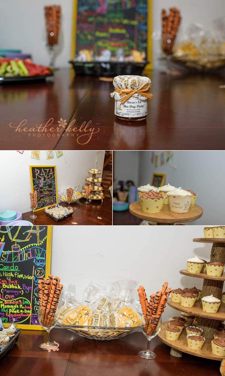 1st birthday party winnie the pooh theme. Bee-day party honey jam. What an amazing party favor.