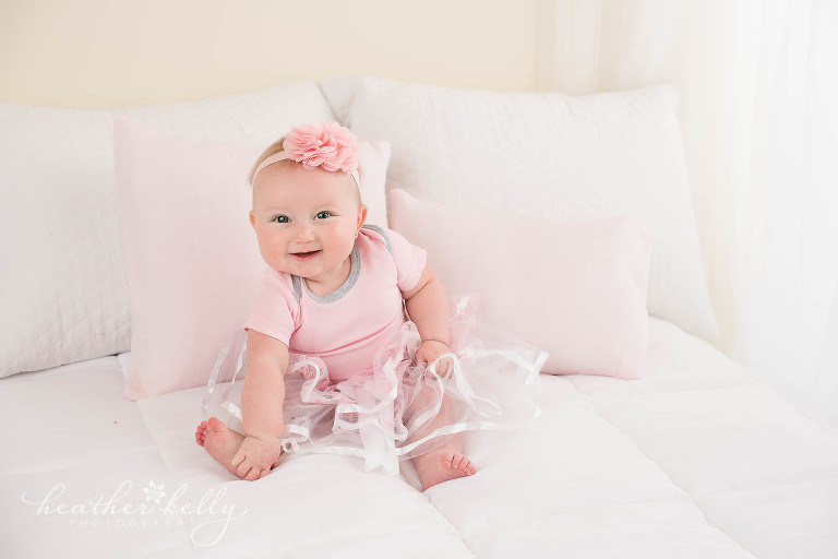 sitting 6 month baby girl. ct photography