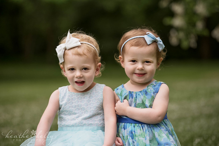 toddler twin sisters. family photography danbury ct